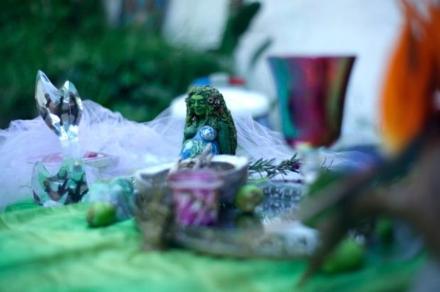 beltane-altar